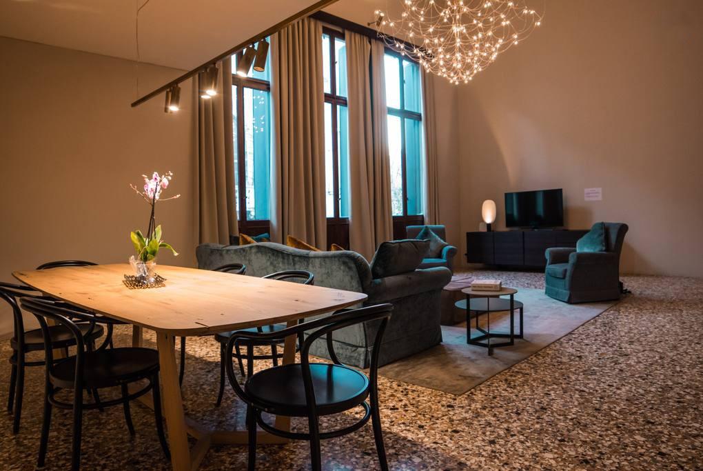 Luxury Costa Vendramin Palace